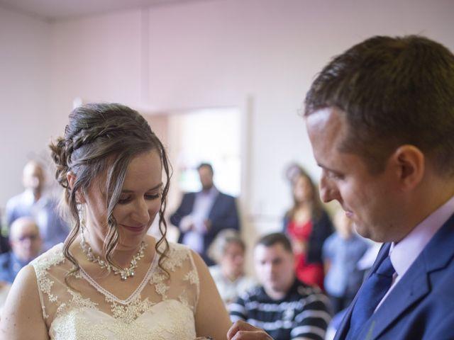Le mariage de Julien et Delphine à Coltainville, Eure-et-Loir 14
