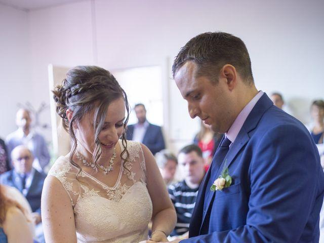 Le mariage de Julien et Delphine à Coltainville, Eure-et-Loir 15