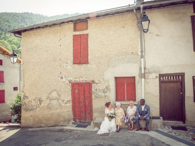 Le mariage de Ibouniyamine et Charlotte à Serres-sur-Arget, Ariège 51