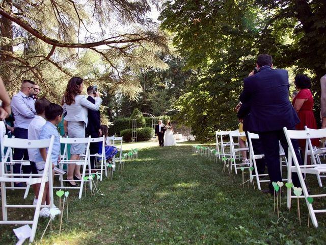 Le mariage de Julien et Victoria à Saint-Marcel-Bel-Accueil, Isère 7