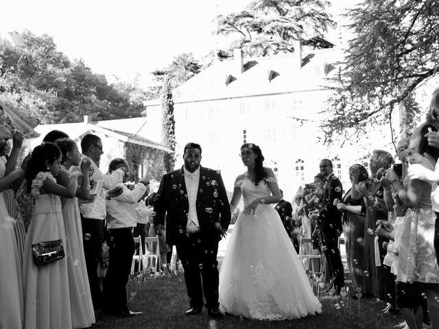 Le mariage de Julien et Victoria à Saint-Marcel-Bel-Accueil, Isère 9