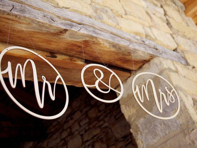 Le mariage de Julien et Victoria à Saint-Marcel-Bel-Accueil, Isère 13