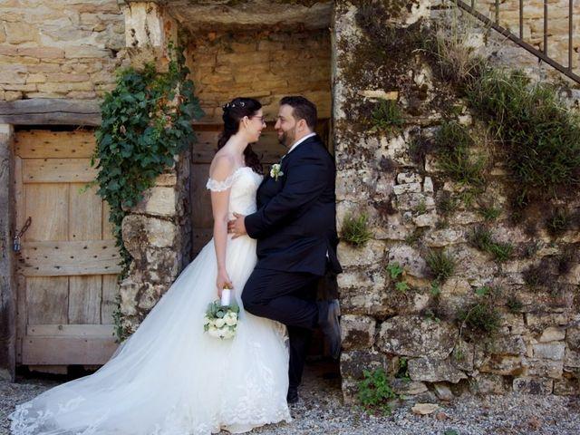 Le mariage de Julien et Victoria à Saint-Marcel-Bel-Accueil, Isère 17