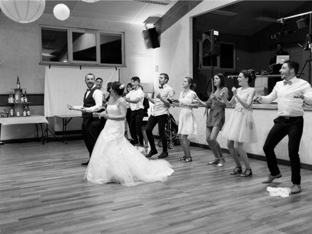 Le mariage de Stéphane et Nadège à Dompierre-les-Ormes, Saône et Loire 57