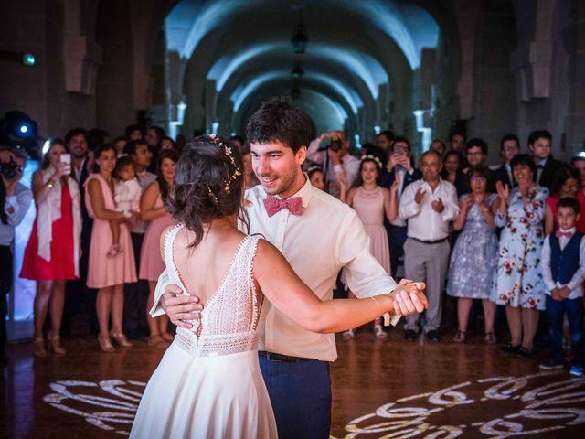 Le mariage de Arthur et Audrey à Ancy-le-Franc, Yonne 4
