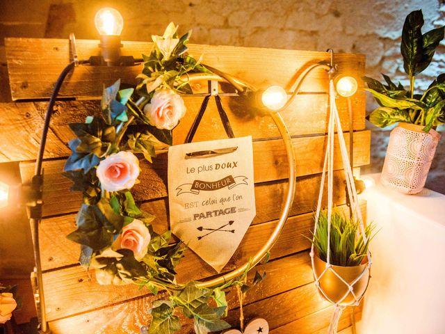 Le mariage de Arthur et Audrey à Ancy-le-Franc, Yonne 22
