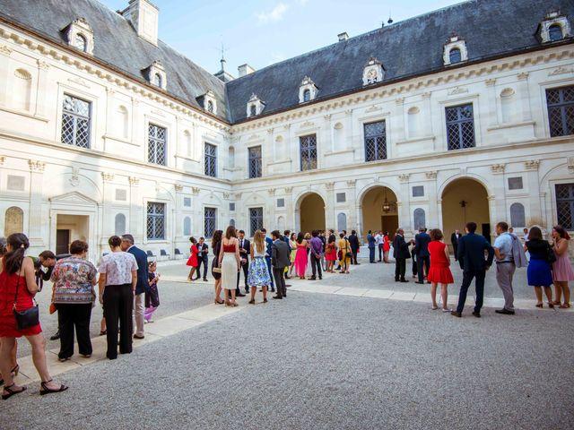 Le mariage de Arthur et Audrey à Ancy-le-Franc, Yonne 37