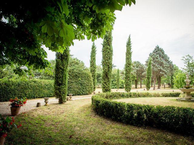 Le mariage de Loïc et Imane à Toulouse, Haute-Garonne 30