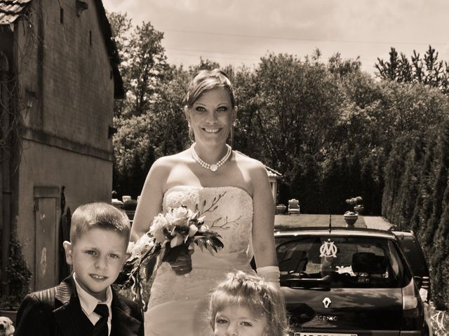 Le mariage de Michael et Jessica à Petite-Rosselle, Moselle 10