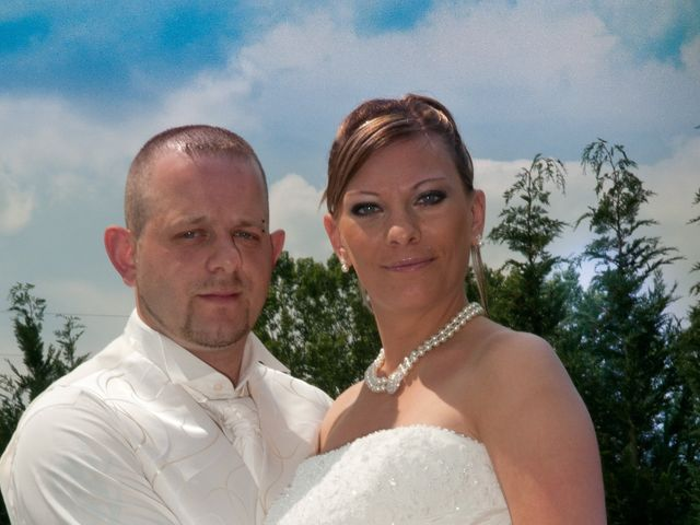 Le mariage de Michael et Jessica à Petite-Rosselle, Moselle 14