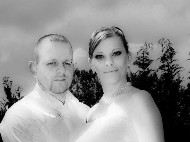 Le mariage de Michael et Jessica à Petite-Rosselle, Moselle 15