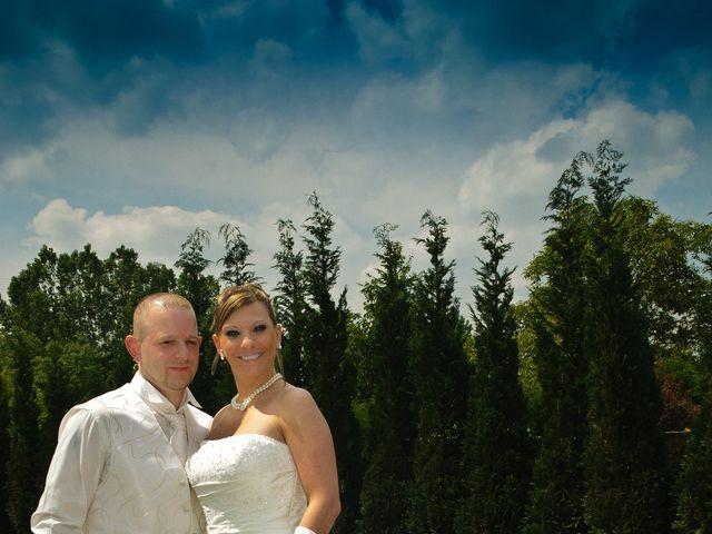 Le mariage de Michael et Jessica à Petite-Rosselle, Moselle 16