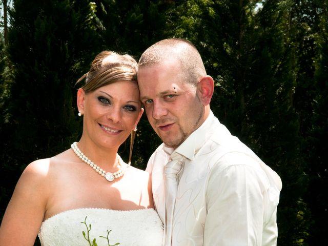 Le mariage de Michael et Jessica à Petite-Rosselle, Moselle 28