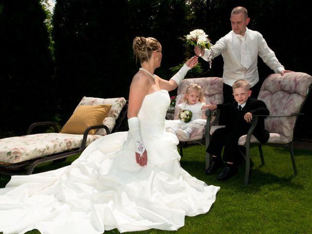 Le mariage de Michael et Jessica à Petite-Rosselle, Moselle 31