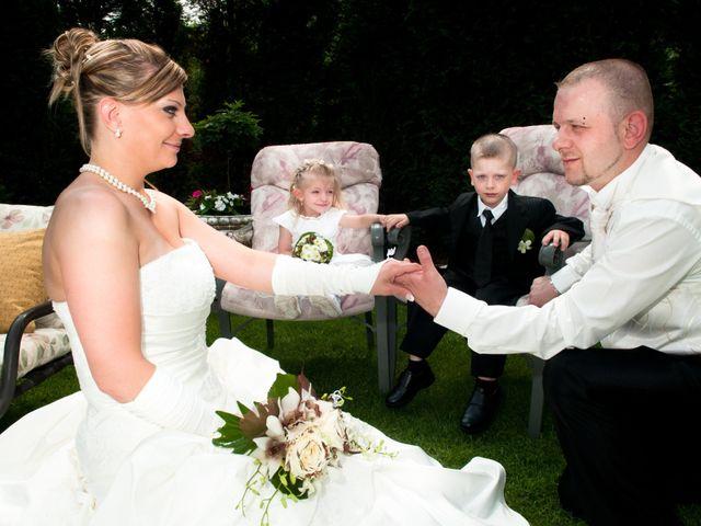 Le mariage de Michael et Jessica à Petite-Rosselle, Moselle 34