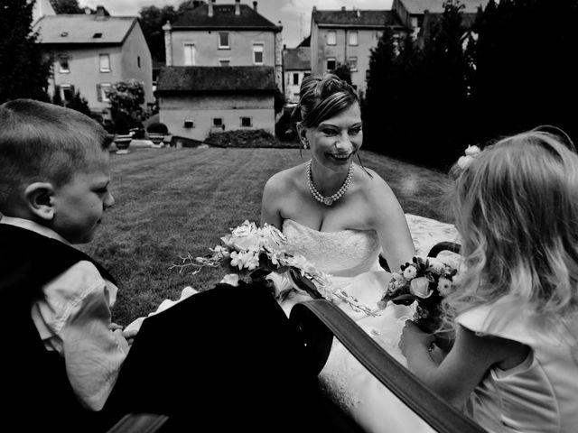 Le mariage de Michael et Jessica à Petite-Rosselle, Moselle 43