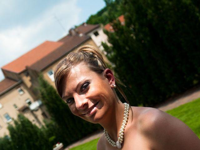 Le mariage de Michael et Jessica à Petite-Rosselle, Moselle 44