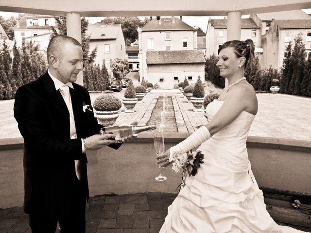 Le mariage de Michael et Jessica à Petite-Rosselle, Moselle 49