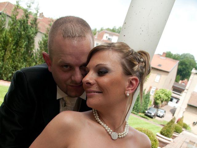 Le mariage de Michael et Jessica à Petite-Rosselle, Moselle 66