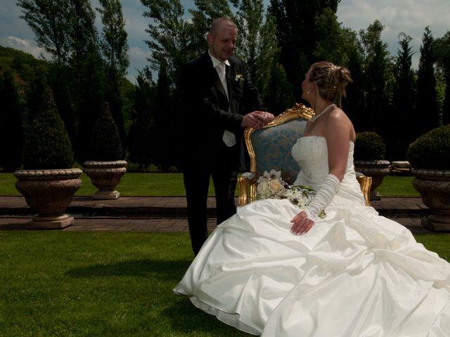 Le mariage de Michael et Jessica à Petite-Rosselle, Moselle 77