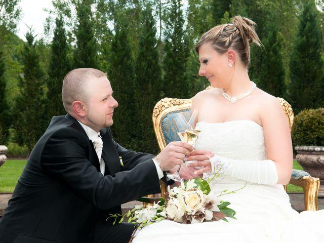 Le mariage de Michael et Jessica à Petite-Rosselle, Moselle 86