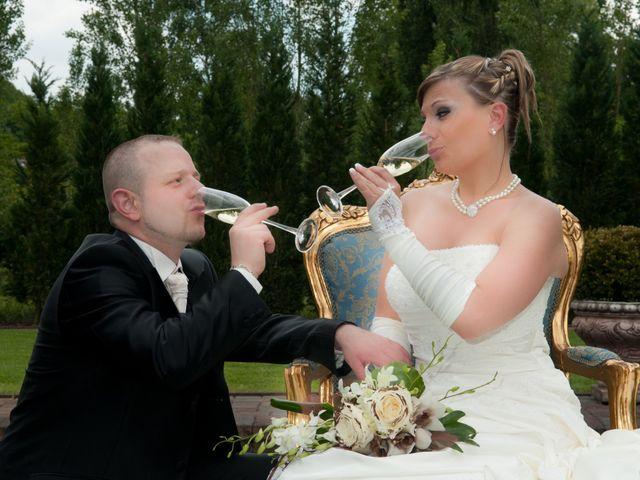 Le mariage de Michael et Jessica à Petite-Rosselle, Moselle 88