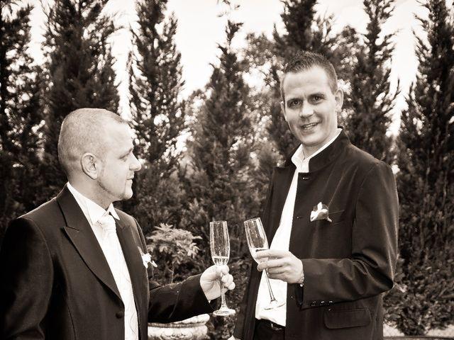 Le mariage de Michael et Jessica à Petite-Rosselle, Moselle 96