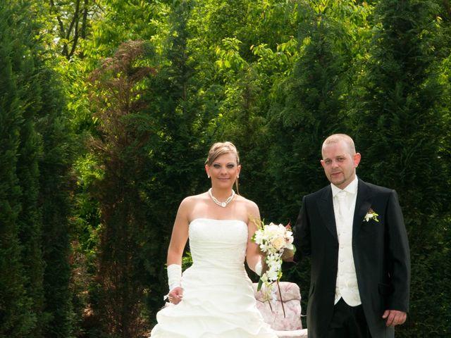 Le mariage de Michael et Jessica à Petite-Rosselle, Moselle 111