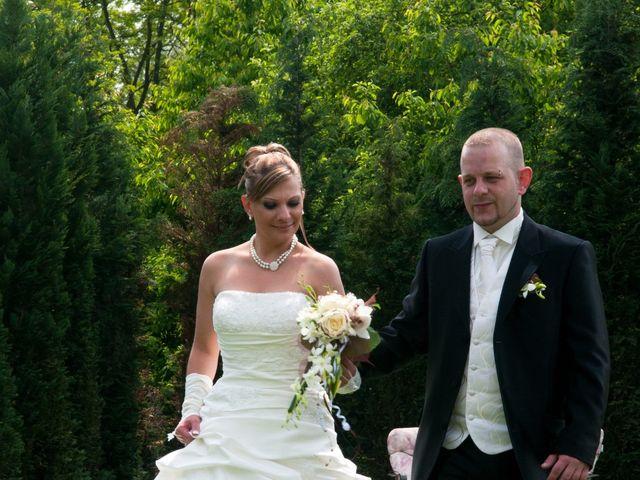 Le mariage de Michael et Jessica à Petite-Rosselle, Moselle 112