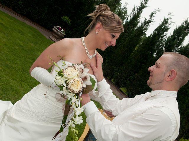 Le mariage de Michael et Jessica à Petite-Rosselle, Moselle 154