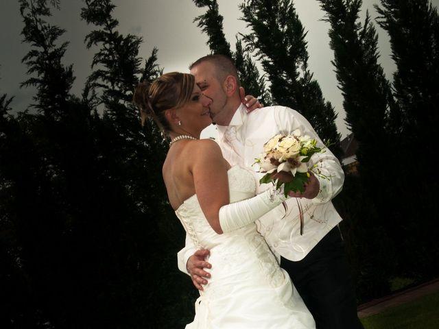 Le mariage de Michael et Jessica à Petite-Rosselle, Moselle 159