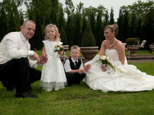 Le mariage de Michael et Jessica à Petite-Rosselle, Moselle 163