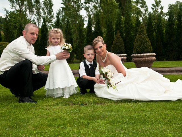 Le mariage de Michael et Jessica à Petite-Rosselle, Moselle 165