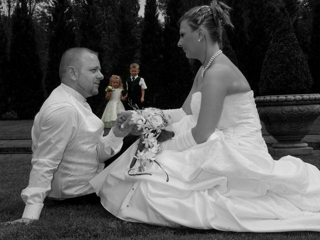Le mariage de Michael et Jessica à Petite-Rosselle, Moselle 166