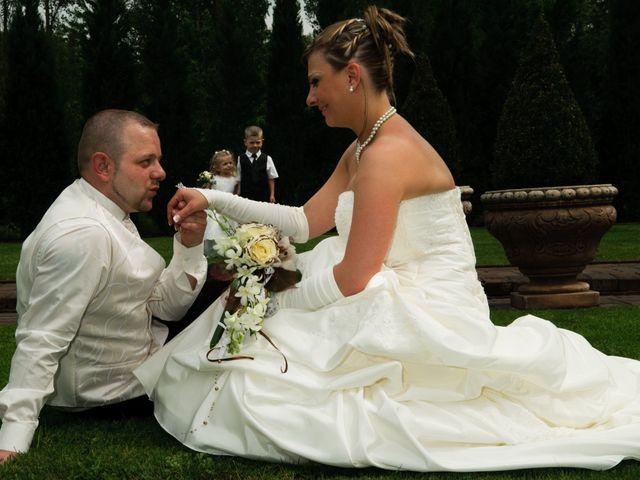 Le mariage de Michael et Jessica à Petite-Rosselle, Moselle 167