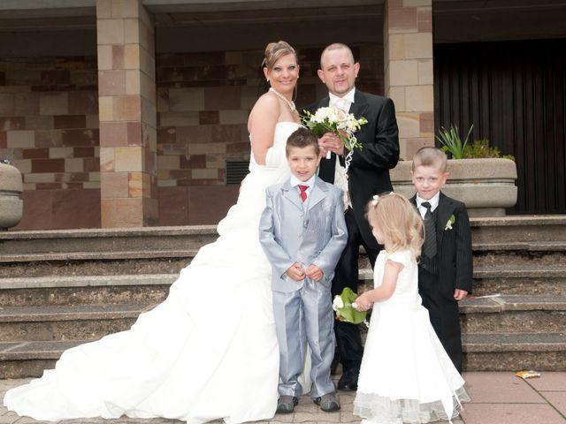 Le mariage de Michael et Jessica à Petite-Rosselle, Moselle 177
