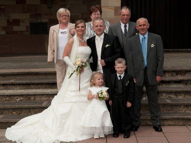 Le mariage de Michael et Jessica à Petite-Rosselle, Moselle 182