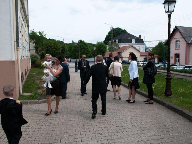 Le mariage de Michael et Jessica à Petite-Rosselle, Moselle 231