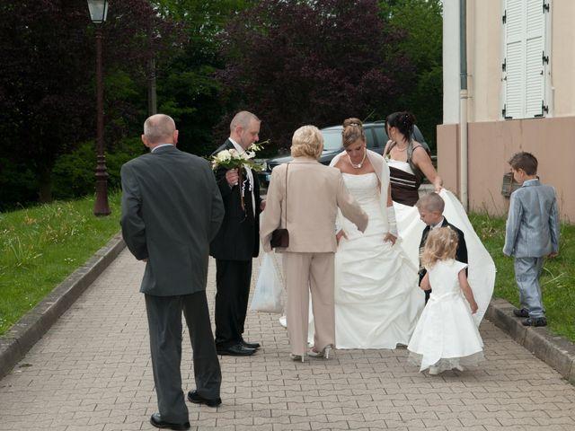 Le mariage de Michael et Jessica à Petite-Rosselle, Moselle 234