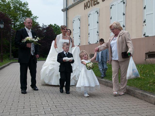 Le mariage de Michael et Jessica à Petite-Rosselle, Moselle 235