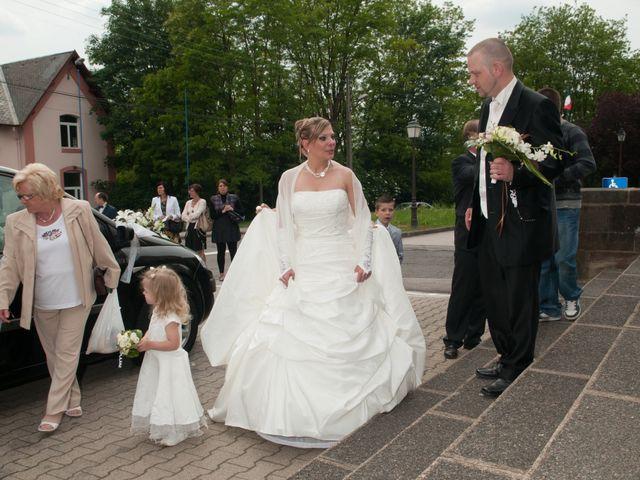 Le mariage de Michael et Jessica à Petite-Rosselle, Moselle 248