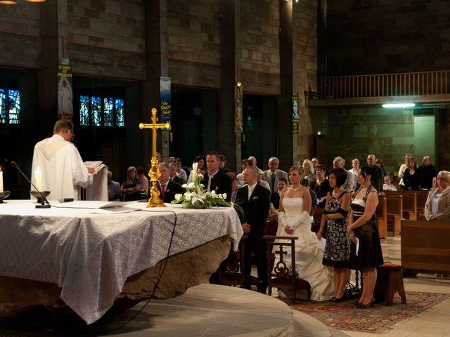 Le mariage de Michael et Jessica à Petite-Rosselle, Moselle 300