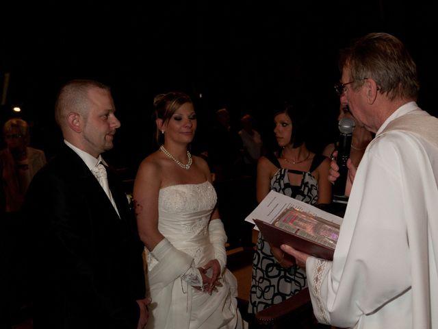 Le mariage de Michael et Jessica à Petite-Rosselle, Moselle 309