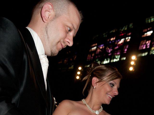 Le mariage de Michael et Jessica à Petite-Rosselle, Moselle 322