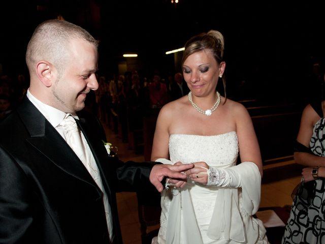 Le mariage de Michael et Jessica à Petite-Rosselle, Moselle 325
