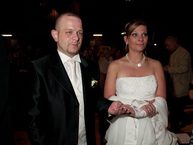 Le mariage de Michael et Jessica à Petite-Rosselle, Moselle 326