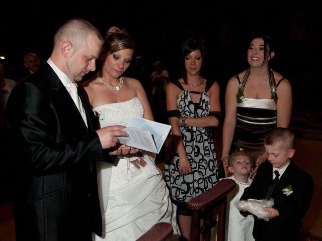 Le mariage de Michael et Jessica à Petite-Rosselle, Moselle 328