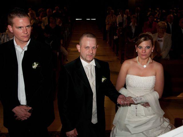 Le mariage de Michael et Jessica à Petite-Rosselle, Moselle 330