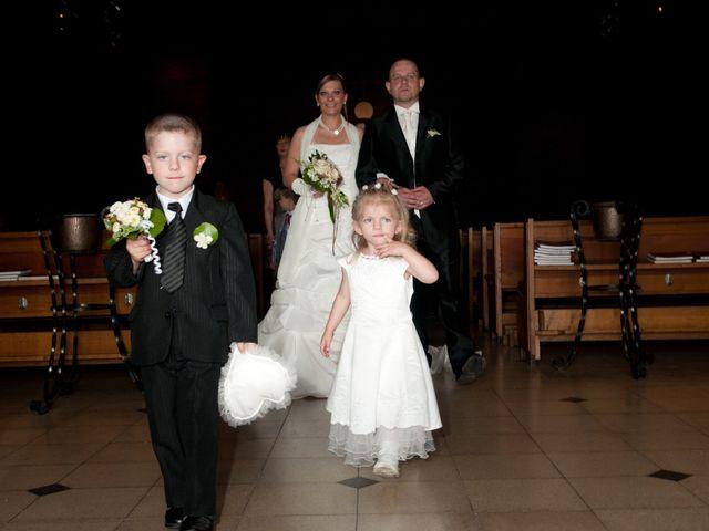 Le mariage de Michael et Jessica à Petite-Rosselle, Moselle 373