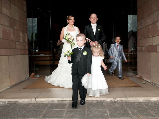 Le mariage de Michael et Jessica à Petite-Rosselle, Moselle 374